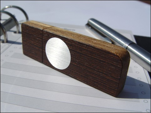 USB stick 'Face' of Wenge